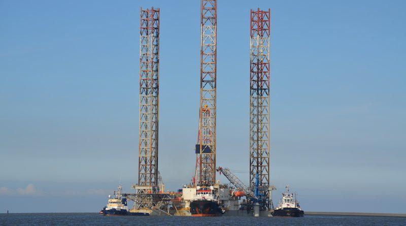 Boorplatform verlaat Eemshaven op vrijdag