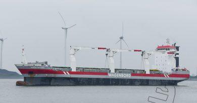 Adriaticborg verlaat Eemshaven op zaterdagmiddag