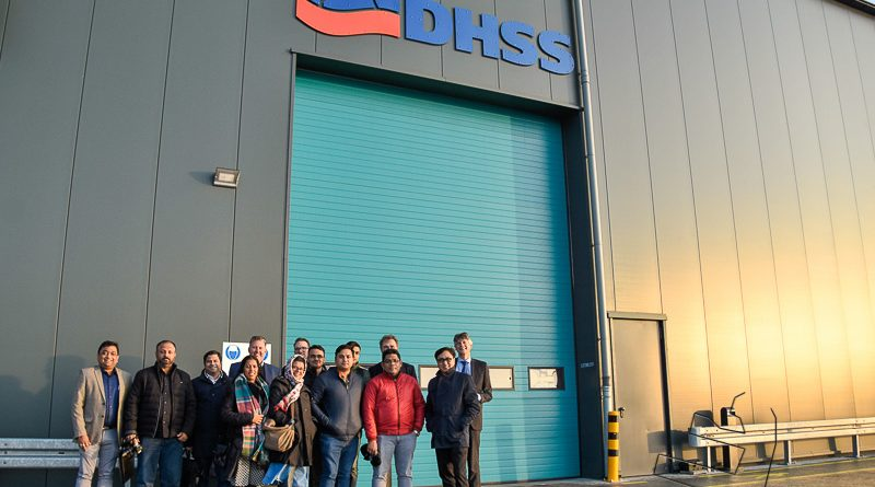 Delegatie uit India brengt bezoek aan Eemshaven