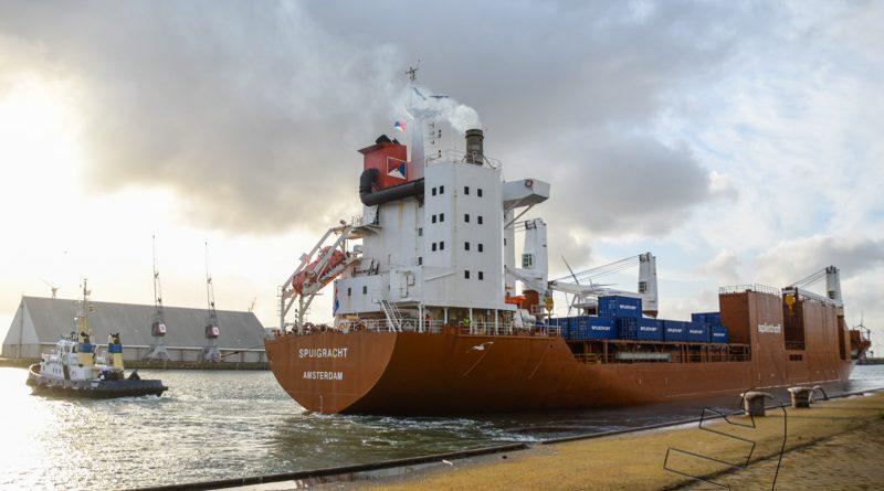 Spuigracht verlaat Eemshaven met 10,60 meter diepgang